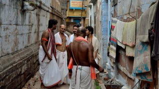 Retelling the tale of Tenali Rama and The Brahmins: an ethno-fictionexperiment